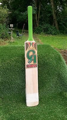 C A Somo Adult's Short Handle Cricket Bat. Used. English Willow. Weight 2'12.