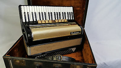 Hohner 400MS Piano Accordion ~ 4/5 Reeds  LMMH ~ 120 Bass ~ Good Condition