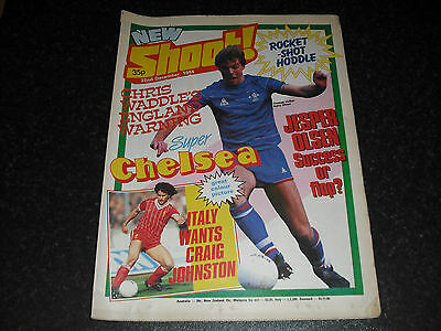 Shoot! Magazine-22nd December 1984-Chelsea Team Group