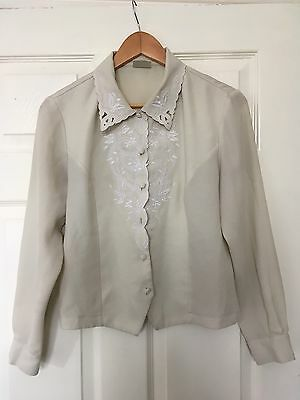 Vintage Women's Floral Embroidered Blouse