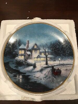 "Thomas Kinkade Plate ""Moonlit Sleigh Ride"""
