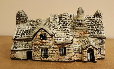 Tey pottery Norfolk  Britain in miniatures England - OLD POST OFFICE  tintagel