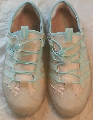 Size 9 Womens Shoes Brand New SPEEDO Water Shoes NEW