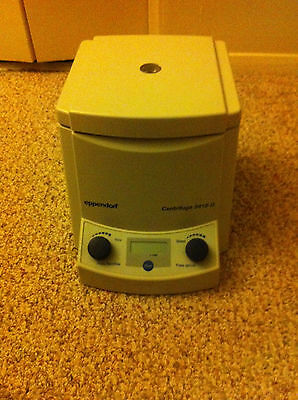 Eppendorf 5415D Centrifuge. Good working condition, fully tested.