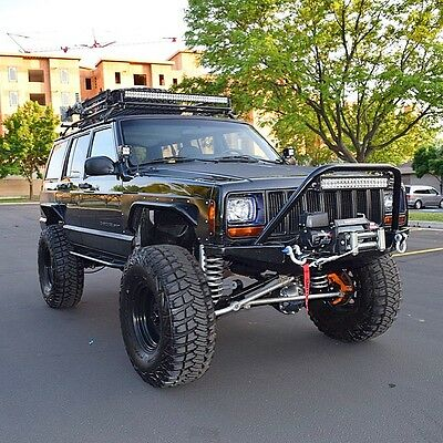 1999 Jeep Cherokee Sport LIFTED 1999 Jeep Cherokee XJ Sport 4-Door 4.0L I6 4x4 - FULLY BUILT ROCK CRAWLER