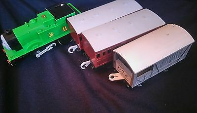 Thomas The Tank engine & Friends Trackmaster MOTORISED OLIVER POSTAGE DISCOUNTS