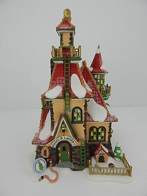 Dept 56 North Pole Series Northern Lights Fire Station #56730 Good Condition