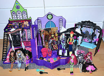 Monster High Bundle School Disco And Circus Playsets Dolls And Accessories