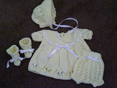 """Very Pretty Hand Knitted Outfit - To Fit Approx. 15-16"""" Reborn"""