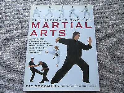 The Ultimate Book of Martial Arts: A Step-by-Step Practical Guide: Tae Kwondo, K