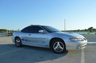 2000 Pontiac Grand Prix GTP 2000 Pontiac Grand Prix GTP Daytona 500 Pace Car ---  Supercharged