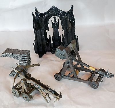 Lord Of The Rings Play Along Armies of the Middle Earth Lot Ballista Saruman