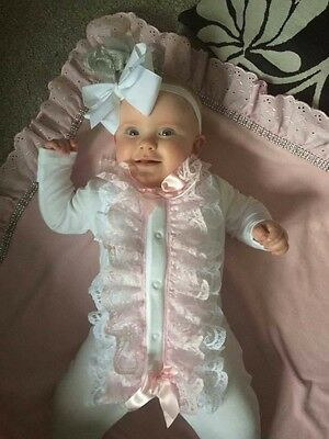 Muchas Loves - Hand Made Baby Grows Lace and Bow Trims