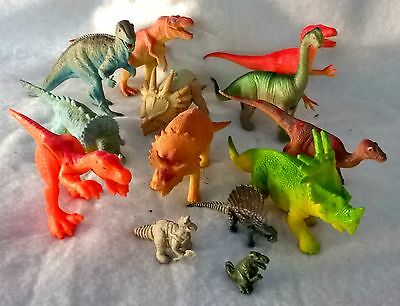 lot 13 animaux dinosaure
