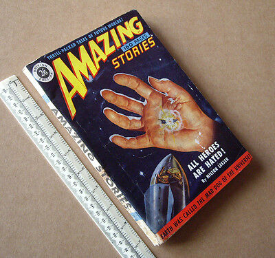 1950s Amazing Stories #8 Vintage British Issue Sci-Fi  Mag Great Cover Art.