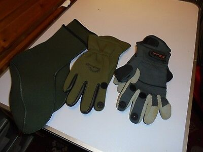 Ron thompson gloves, sundridge gloves and neoprene socks unused