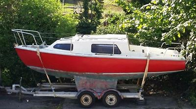 Saddler Seawych 19 foot sailing boat with trailer.