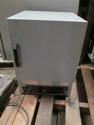 Quincy Lab 20GC Aluminized Steel Gravity Convection Lab Oven 1.27 Cu. Ft