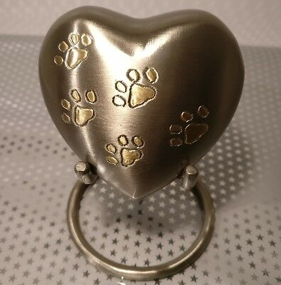 Pet / Keepsake / Heart / Urn, Cremation/ashes; Paw Prints On Pewter, With Stand