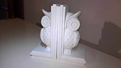Unusual White Ceramic Owl Woodland Theme Bookends - Vgc