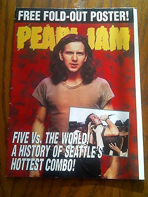 Pearl Jam Original Small Foldout Mag Vedder Crowd Surfing PJ20 Mother Love Bone