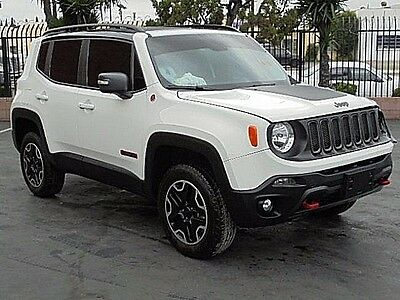 2016 Jeep Renegade Trailhawk 2016 Jeep Renegade Trailhawk 4WD Wrecked Salvage Economical Perfect Color L@@K!