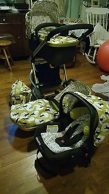 Cosatto Giggle Treet 3 in 1 travel system