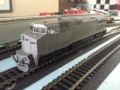 HO Scale Kato Dash 9 C44-9W DCC Ready Undecorated