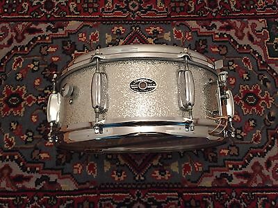 Early 70's Vintage SLINGERLAND 5.5X14 Hollywood Ace Snare Drum Great Condition