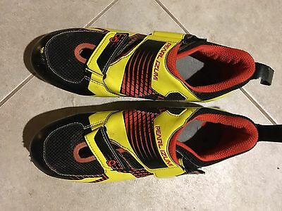 Pearl Izumi Men's Tri Fly IV Carbon Shoes, Black/Fiery Red, Size 44.5