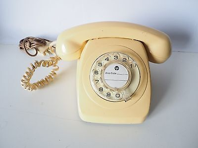 Old Fashioned Cream Rotary Telephone - Works Perfectly! North Ryde. Collectors!