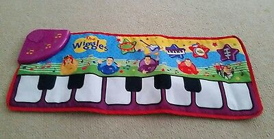The wiggles musical floor piano