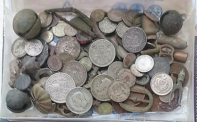 large amount of detecting finds 159gms of silver included