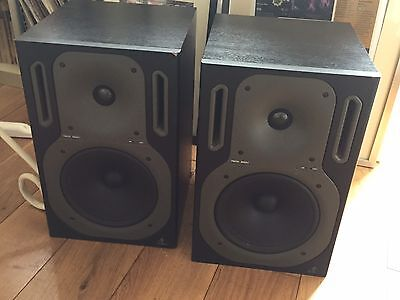 Behringer B2031 Truth Monitors ( Pair )