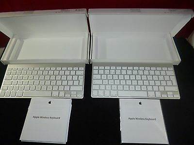 Nearly NEW Genuine Original AppleWireless A1314 Keyboard UK QWERTY AAA+