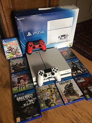 Sony PlayStation 4 500GB White Console with 2 controllers and assorted games