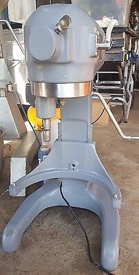Hobart A‑200 20 QT Commercial Mixer w/ 2 Bowls, 2 Whisks, Paddle 30 Day Warranty