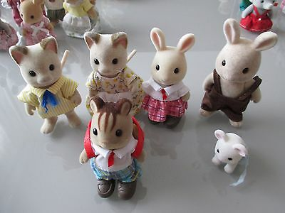 famille   sylvanian family 6 figurines famille