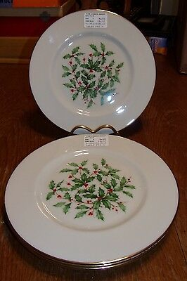 Lenox Holly & Berries Bone China 5-201-0101-0 Christmas Salad Plates Set of 4