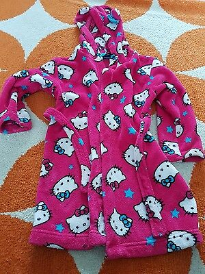 hello kitty dressing gown age 7-8