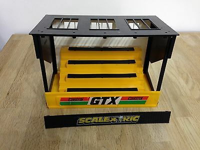 Vintage Scalextric Grandstand / Spectators for Scalextric Airfix SCX Fly & More