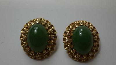 Superb Vintage 14k Yellow Gold Large Cabochon Jade Comfortable Clip Earrings 14g