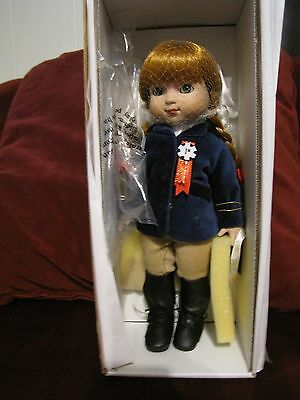 """Tonner Mary Engelbreit 10"""" First Place Doll"""