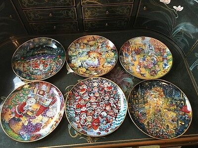 Set Of 6 - Franklin Mint - Holiday Bill Bell - Cat Collector's Plates