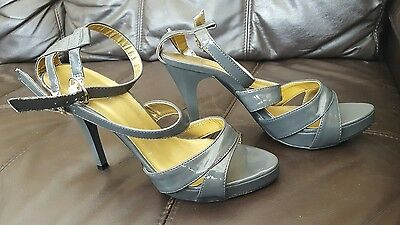 Lovely Boohoo Patent Grey Strappy High Heels platform front Size 5