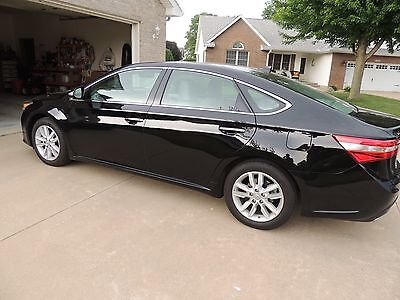2015 Toyota Avalon  2015 Toyota Avalon Limited 8091 Miles ESTATE SALE