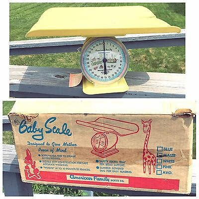 Vintage Yellow American Family Baby Nursery Scale W Pad & Box! Original Kitsch