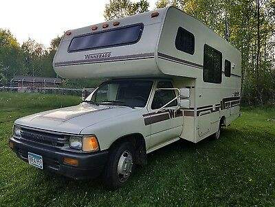 1990 Winnebago Warrior 21' Toyota V6 49,000 miles