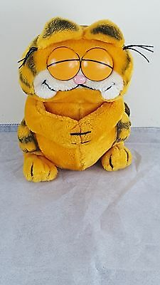 Rare VINTAGE Dakin 1980s Plush GARFIELD CAT with EYES CLOSED stuff animal EUC
