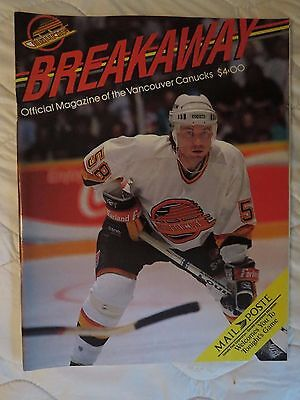1990 Vancouver Canucks vs Calgary Flames NHL program & ticket stub